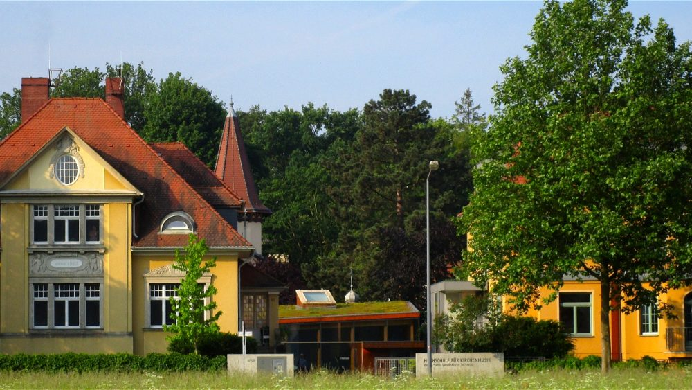 Haus B, Chorsaal, Haus A
